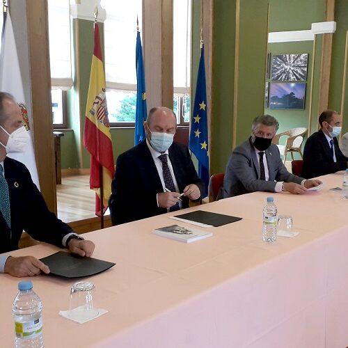 Firmado el protocolo para la mejora del saneamiento integral de la ría del Navia