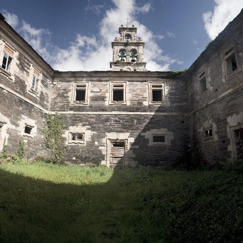 La Consejería de Cultura anuncia la rehabilitación del monasterio de Santa María de Villanueva de Oscos
