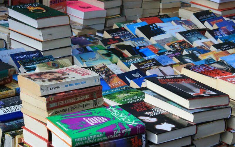 Hoy celebramos el Día Internacional del Libro